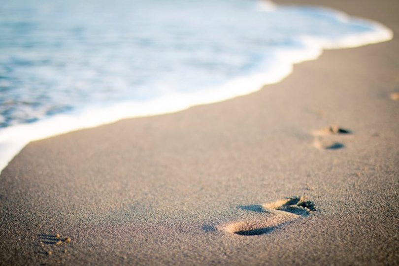 a walk along the beach guided meditation power and freedom